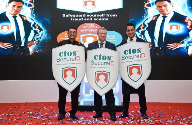 (From left) Amirudin, Martin and Hisyam launching CTOS SecureID.